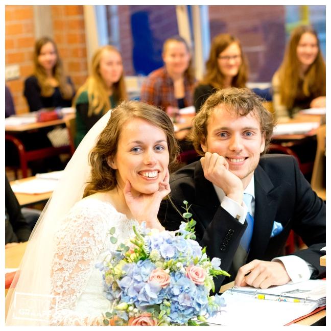 bruidsfotografie op school in Goes_697