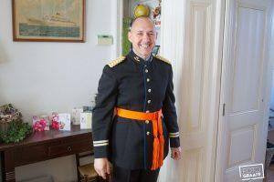 bbruidsfotografie-in-middelharnis-in-uniform_0524