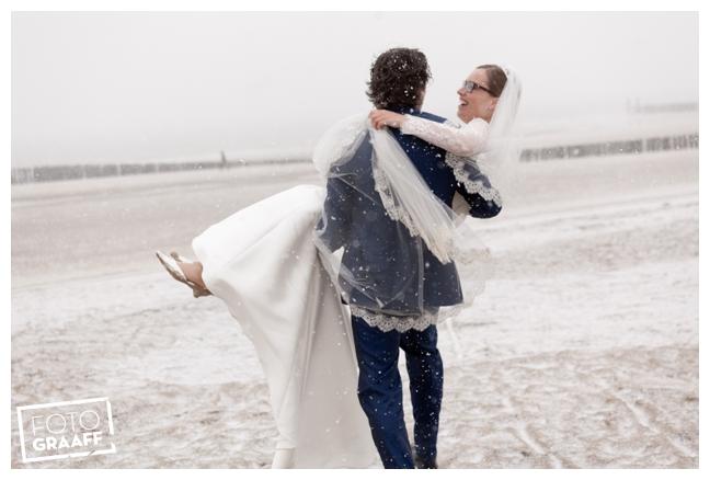 Bruidsfotografie Zeeland in de sneeuw_0888