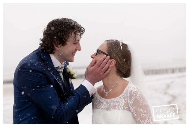 Bruidsfotografie Zeeland in de sneeuw_0890