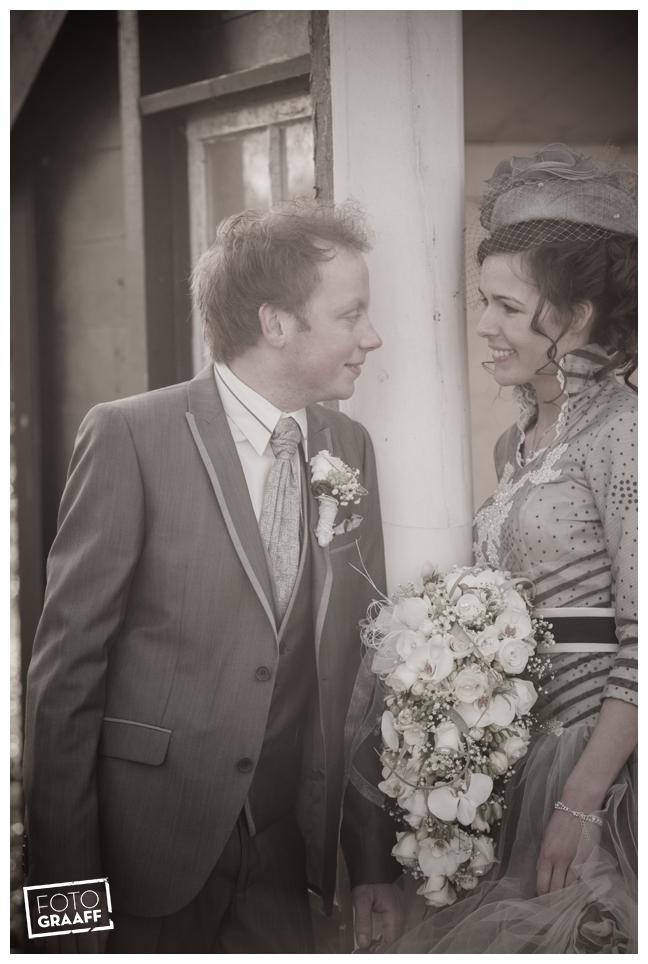 Bruidsfotografie en huwelijk in Kasteel Rhenen_1157