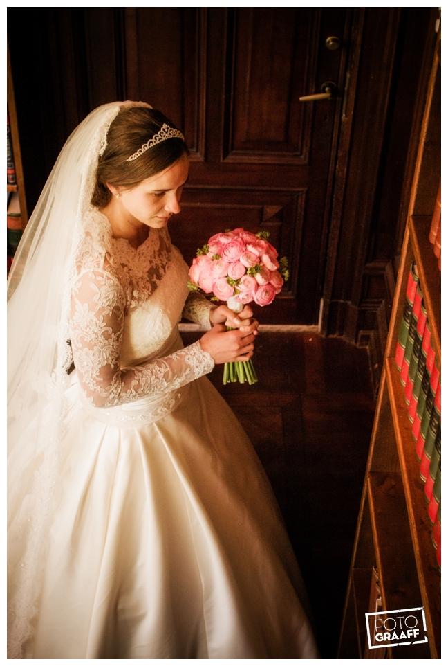 Bruidsfotografie en huwelijk in Kasteel Staverden_1101