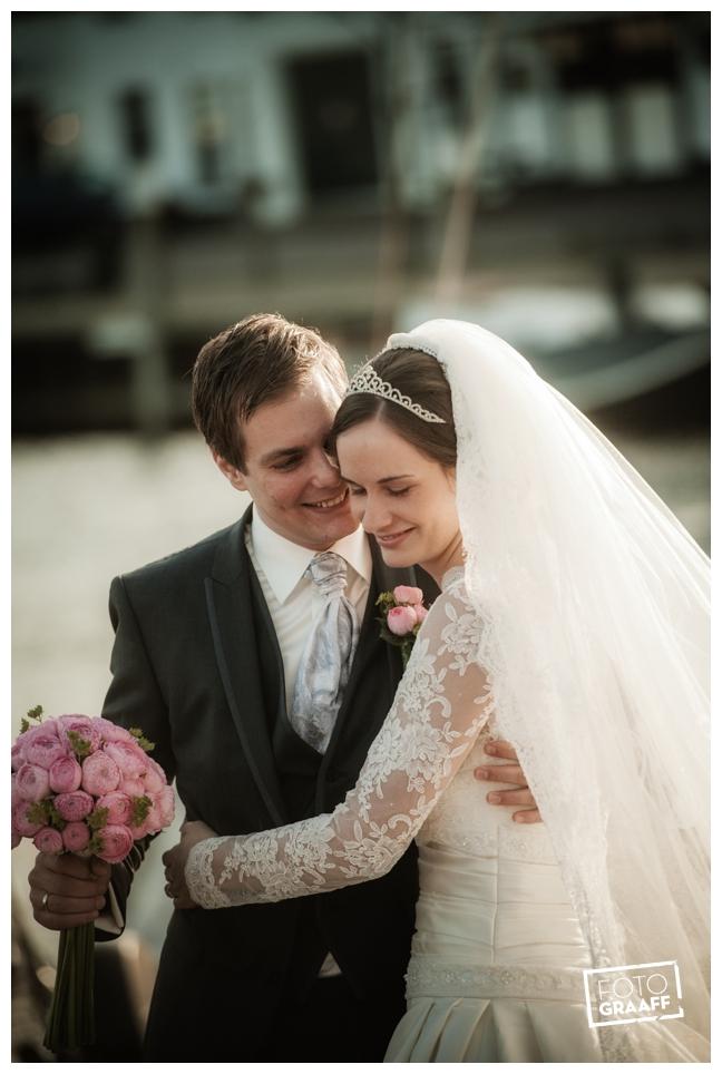 Bruidsfotografie en huwelijk in Kasteel Staverden_1141