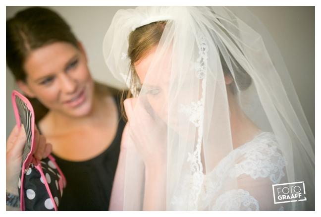 Huwelijk in Oud Beijerland Geert en Andrea en feest in Hotel Ara_0172