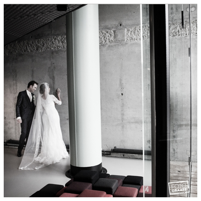 Huwelijk in Oud Beijerland Geert en Andrea en feest in Hotel Ara_0177