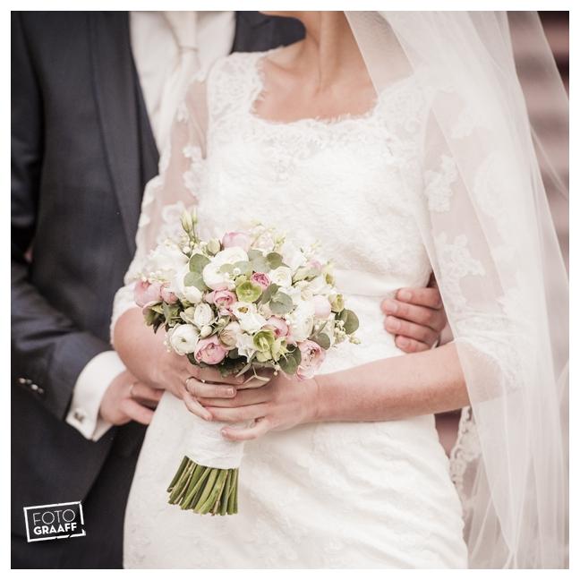 Huwelijk in Oud Beijerland Geert en Andrea en feest in Hotel Ara_0183