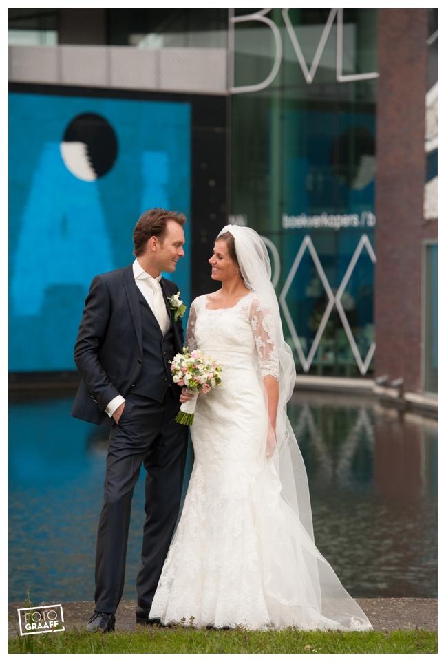 Huwelijk in Oud Beijerland Geert en Andrea en feest in Hotel Ara_0184