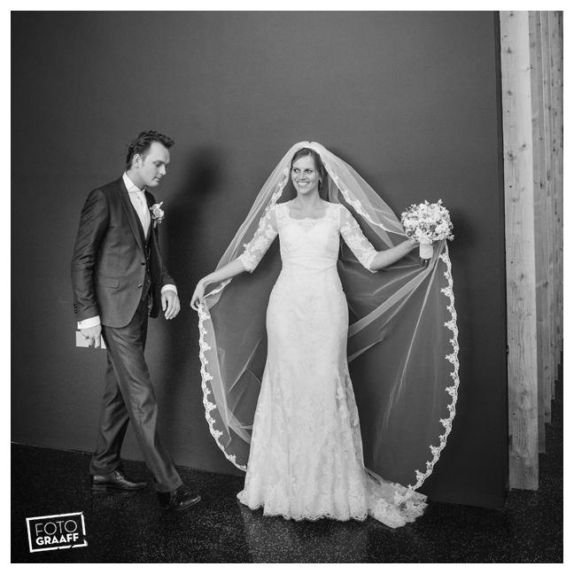 Huwelijk in Oud Beijerland Geert en Andrea en feest in Hotel Ara_0206