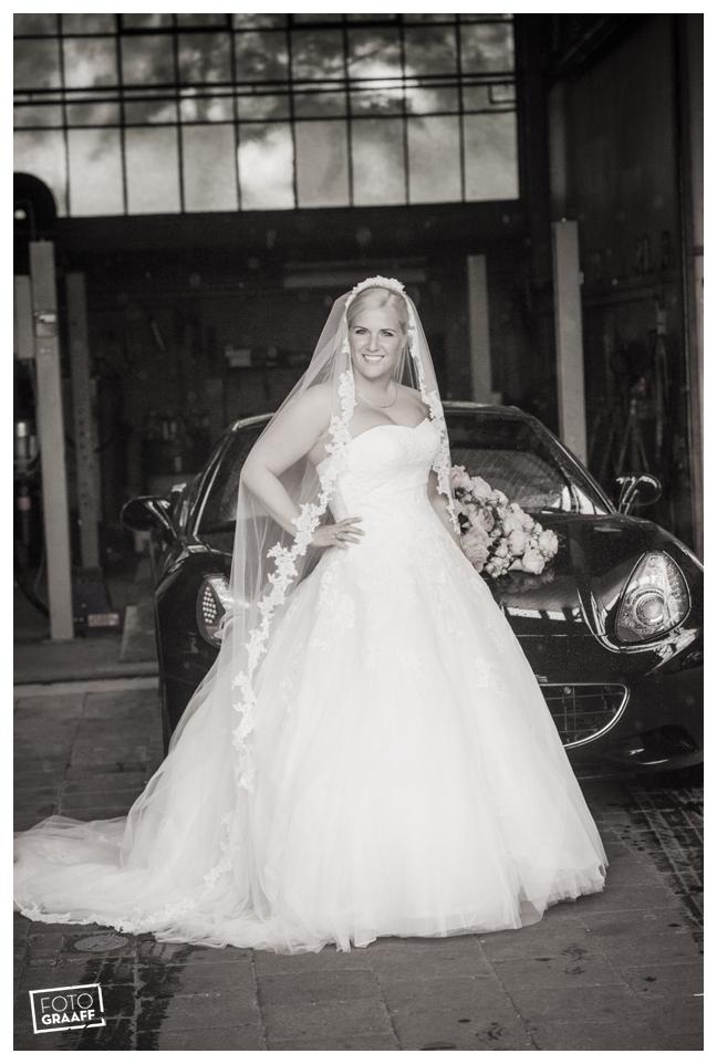 Huwelijk in Oud Beijerland van Harry en Lizzy_0076