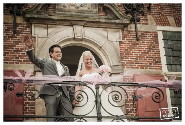 Huwelijk in Oud Beijerland van Harry en Lizzy_0091