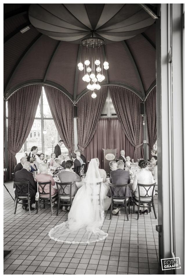 Huwelijk in Oud Beijerland van Harry en Lizzy_0108