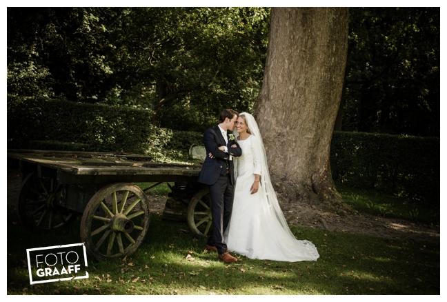 Bruidsfotografie in Huis ten Donck in Ridderkerk_097