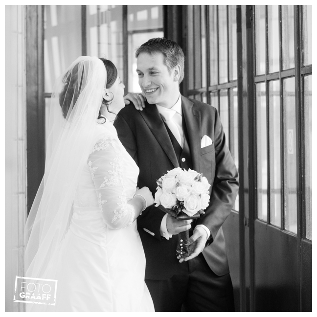 bruidsfotografie in sfeervol Rotterdam_596